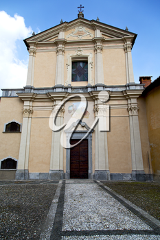 church  in  the   somma lombardo closed brick tower sidewalk italy  lombardy     old