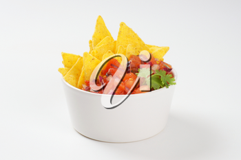 bowl of salsa fresca and tortilla chips