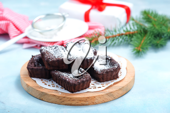 sweet cake for christmas dinner, christmas cake with chocolate